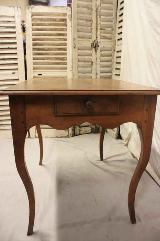 Charming 19th Century Provencal Table For Sale 1