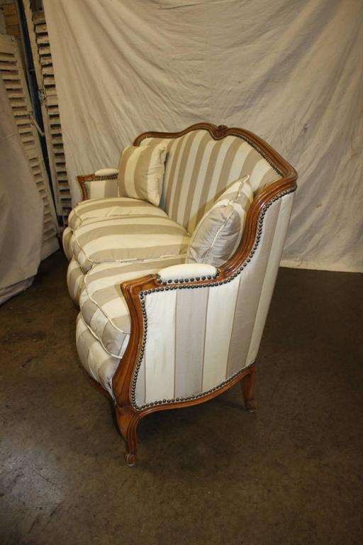 Charming 19th Century French Louis XV Settee For Sale 1