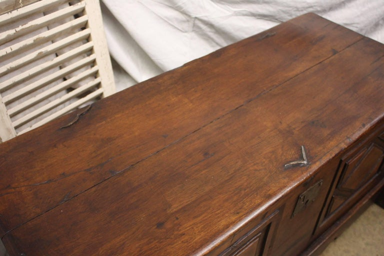 17th Century French Trunk For Sale 1