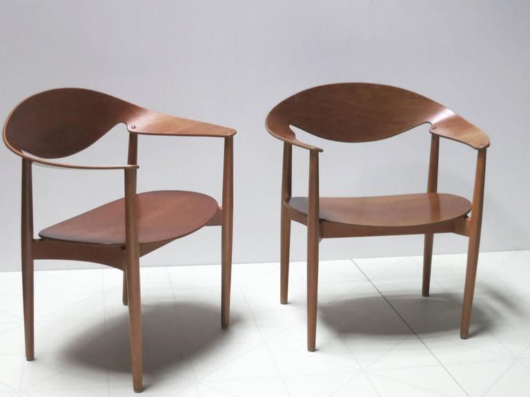 "Offered by Vance Trimble, Pair of Metropolitan Chairs by Ejner Larsen and Axel Bender Madsen. These chairs take their name from the Metropolitan Museum of Art, NY, where they were shown in 1960 at the breakthrough exhibition, ""The Arts of"
