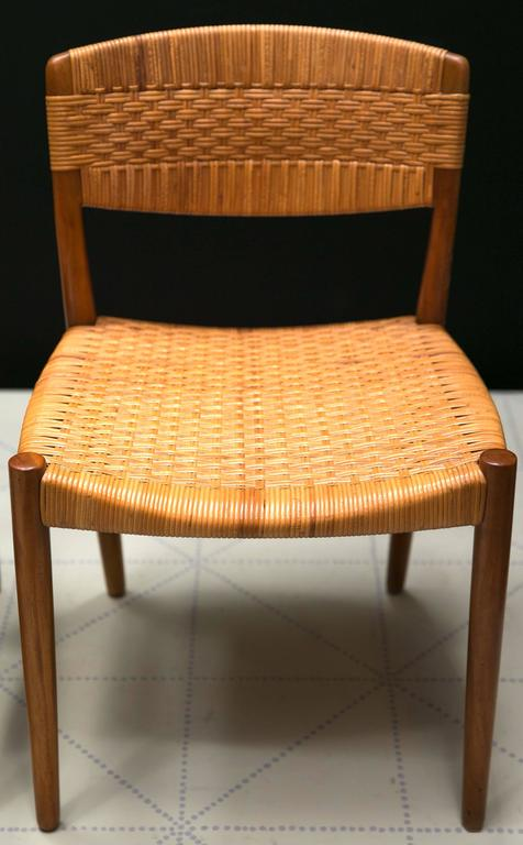 Danish Set of Four Dining Chairs by Ejner Larsen and Axel Bender Madsen by Willy Beck For Sale