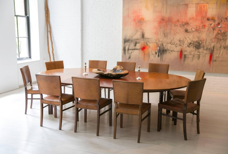 Mid-20th Century Ole Wanscher's Elegant Extendable Round Dining Table in Mahogany For Sale