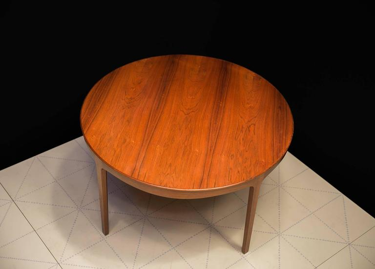 Scandinavian Modern Ole Wanscher's Elegant Brazilian Rosewood Circular Sofa Table with Curved Apron  For Sale