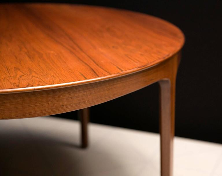 Ole Wanscher's Elegant Brazilian Rosewood Circular Sofa Table with Curved Apron  5
