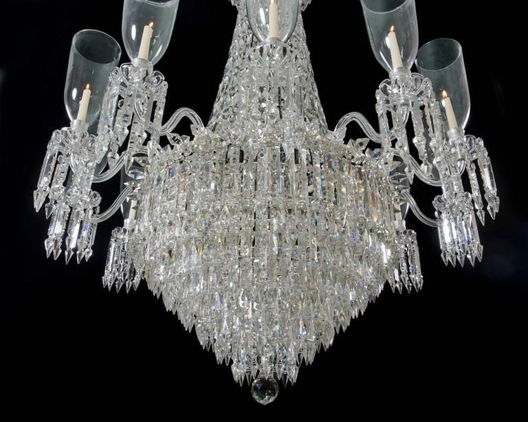 Fine Victorian Twelve-Light Cut-Glass Antique Chandelier of Exceptional Size In Excellent Condition For Sale In Steyning, GB