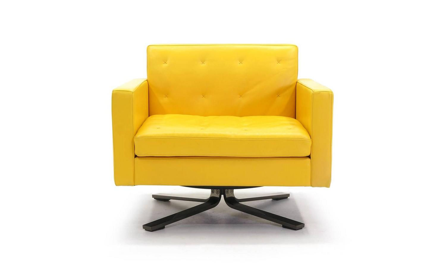 Poltrona Frau Kennedee Series Yellow Leather Memory Swivel Lounge Chair at 1s