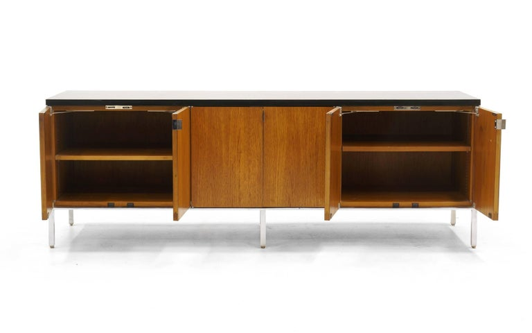 Florence Knoll Low Credenza Or Media Cabinet In Walnut