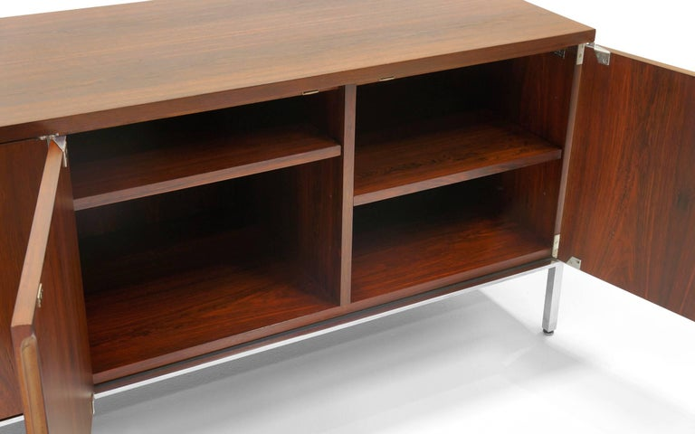 Mid-20th Century Rosewood Credenza/Media Cabinet Designed by Florence Knoll, Excellent For Sale