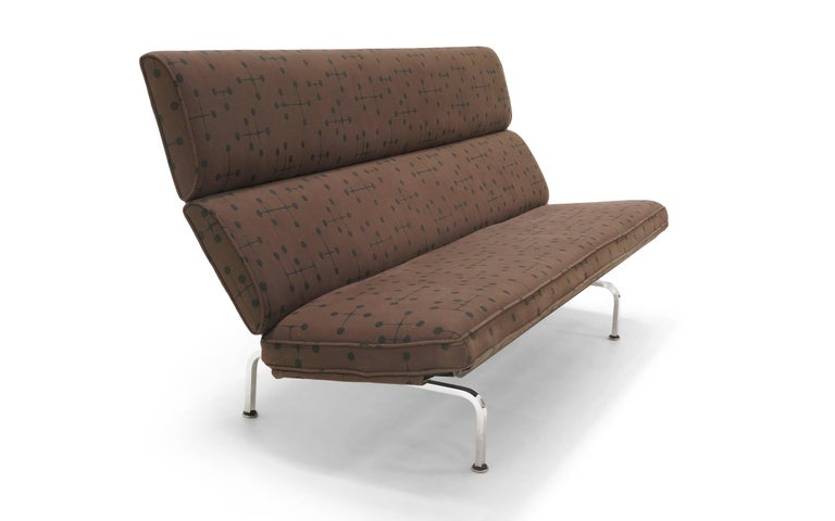 Early Charles And Ray Eames Sofa Compact For Herman Miller In Dot Pattern Fabric By