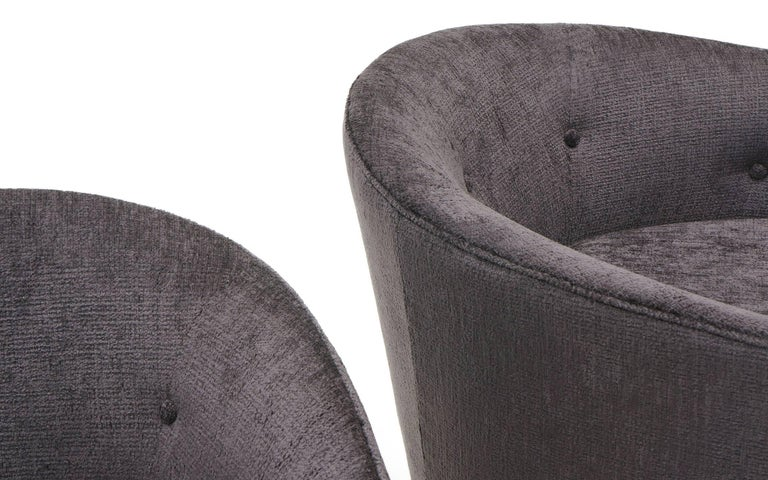 Pair of Milo Baughman Tilt Swivel Club Chairs, Charcoal Robert Allen Chenille For Sale 3