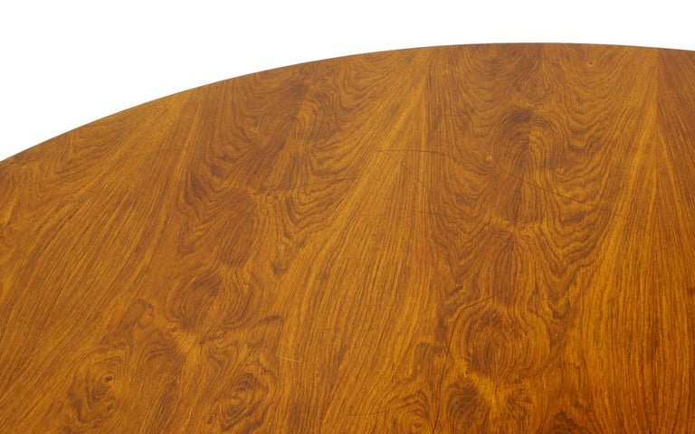 Prototype George Nelson Rosewood Round Dining or Conference Table, One of a Kind In Good Condition For Sale In Kansas City, MO