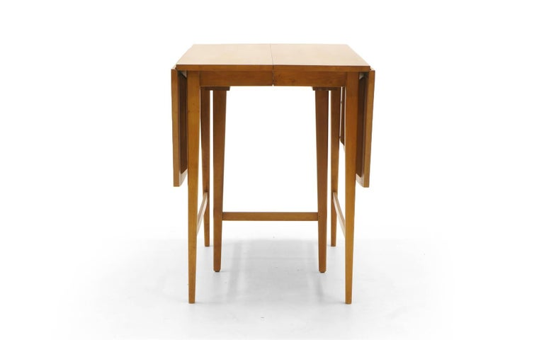 American Drop-Leaf Dining Table by Paul McCobb, Expandable with Three Leaves, Solid Maple For Sale