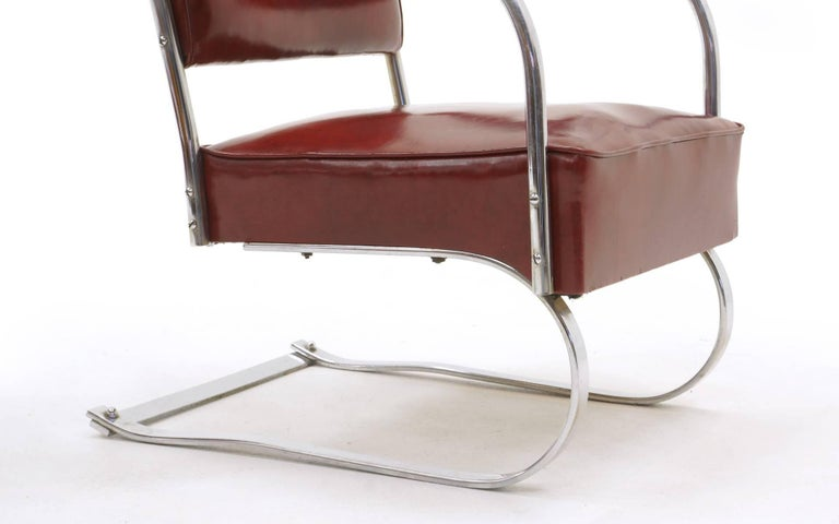 Pair of Lounge Chairs by KEM Weber for Lloyd, Amazing Original Condition For Sale 1
