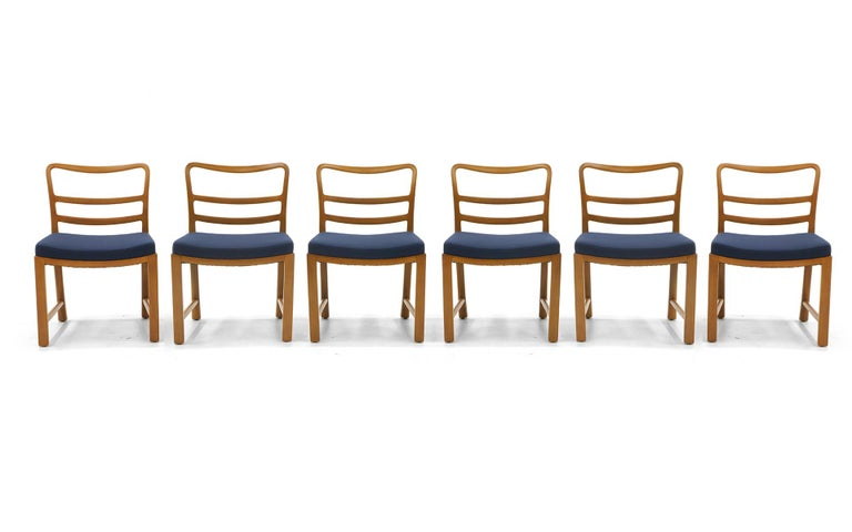 Set of 6 dining chairs designed by Edward Wormley for Dunbar. Wide and deep seats with medium height backs, these chairs are super sturdy and comfortable to sit in four hours. Beautiful bleached mahogany original finish.