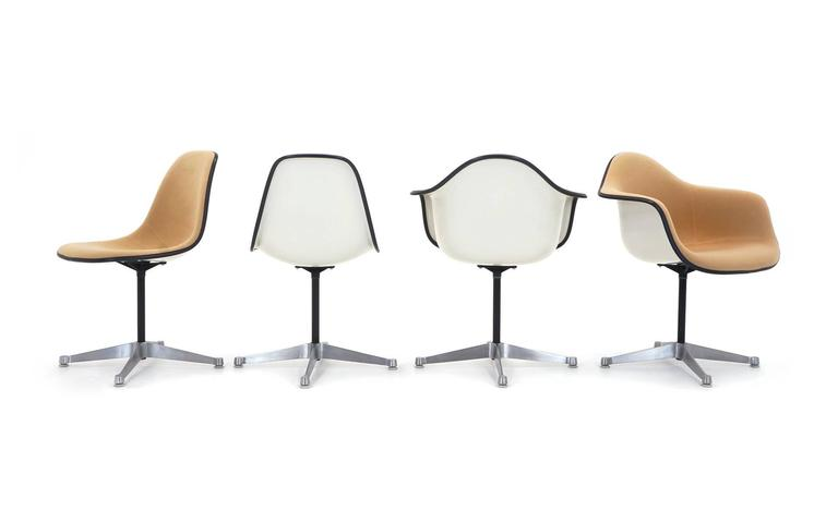 Mid Century Modern Set Of Eight Upholstered Eames Swivel Dining Chairs Two Arm And