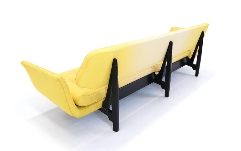 La Gondola Sofa Designed by Edward Wormley for Dunbar, 1957 In Good Condition For Sale In Kansas City, MO