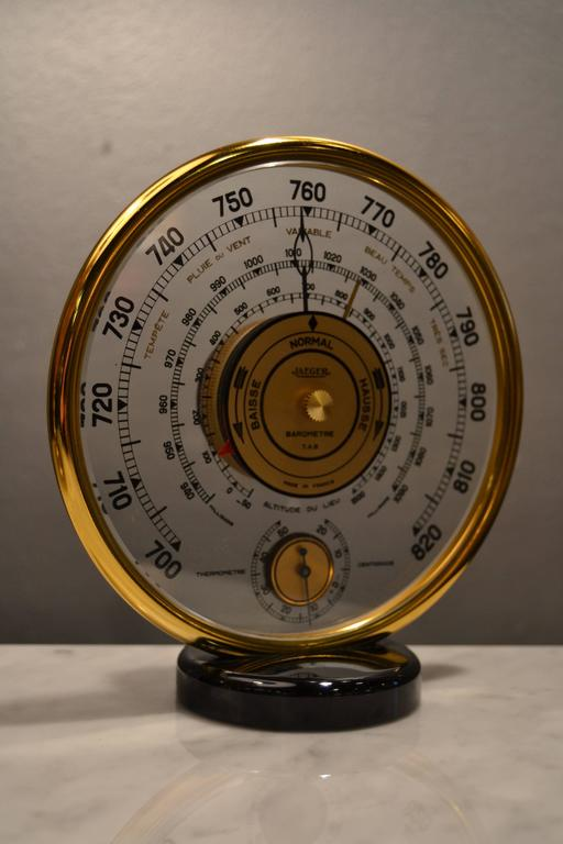 1940s French Jaeger Baromètre and thermometer. Good vintage condition.