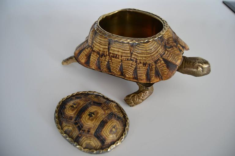1970s Turtle Shell and Bronze Box In Good Condition For Sale In Saint-Ouen, FR