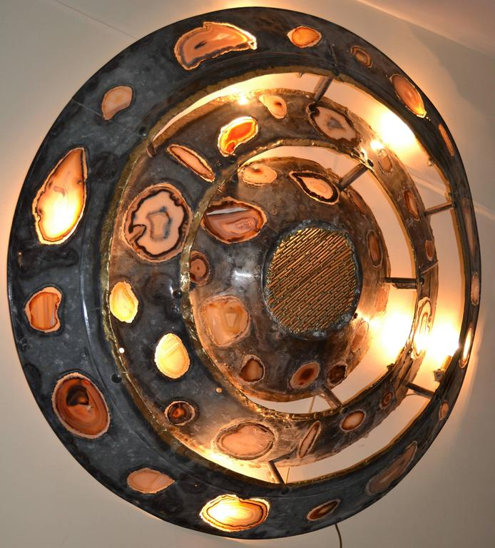 1970s Large Wall Light with Agates Inlaid by Henry Fernandez For Sale 4
