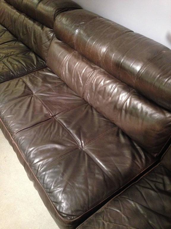 impressive leather modular sofa at 1stdibs. Black Bedroom Furniture Sets. Home Design Ideas