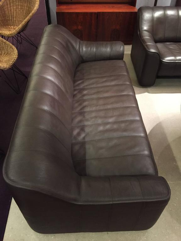 Pair of DS44 De Sede Leather Sofas For Sale 1