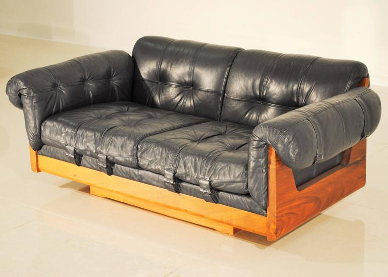 Awesome Ultra Low Leather Lounge Sofa By Soto, Costa Rica, 1970s 3