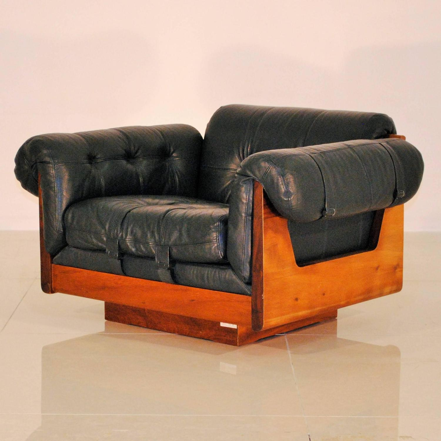 Electric outlet furniture divisio costa rica furniture for Outlet sofas valencia