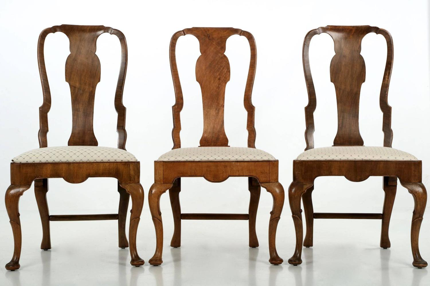Set Of Eight Queen Anne Style Burl Walnut Antique Dining