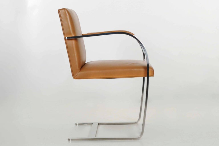 Mies van der Rohe for Knoll Caramel Leather and Steel Brno Flat Armchair In Good Condition For Sale In Shippensburg, PA