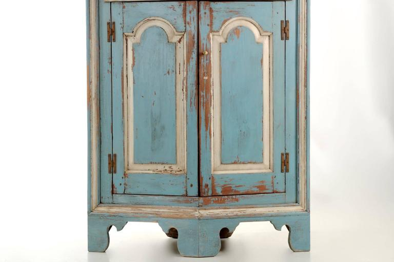 19th Century American Blue Painted Corner Cabinet in Eastern Shore style 5