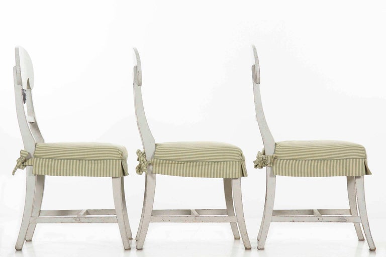 Swedish Gustavian Style Set of Six White Painted Dining Chairs For Sale 7