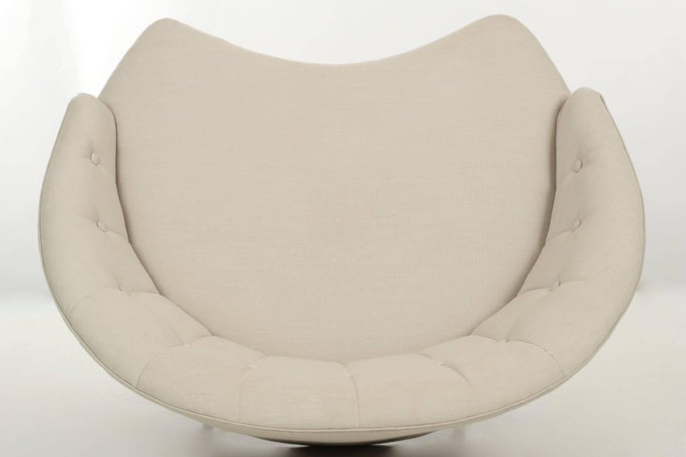 Steel 20th Century Tufted Linen Vintage Chaise Longue Chair with Ottoman For Sale