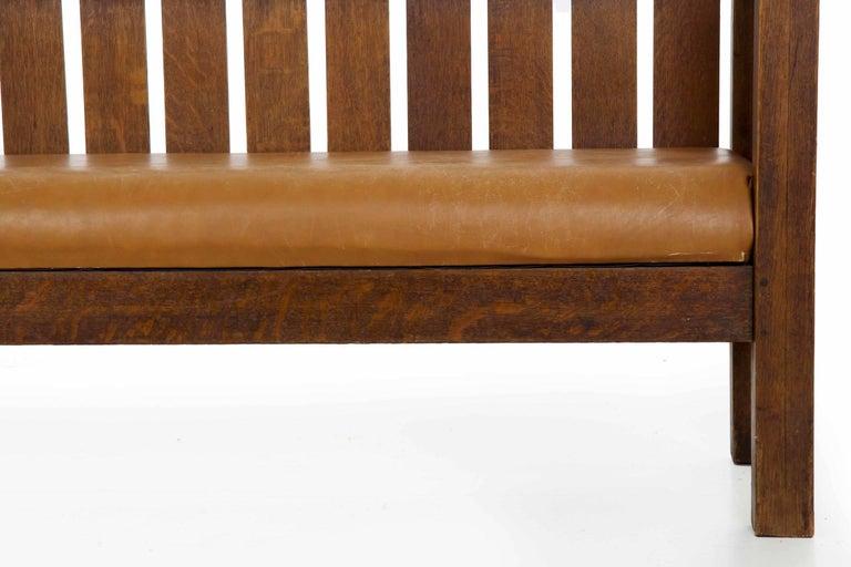 Veneer 20th Century Arts & Crafts Mission Leather & Oak Antique Hall Settle Sofa Settee For Sale
