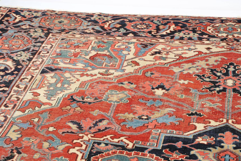 Fine Authentic Persian Antique Heriz Serapi Carpet Rug