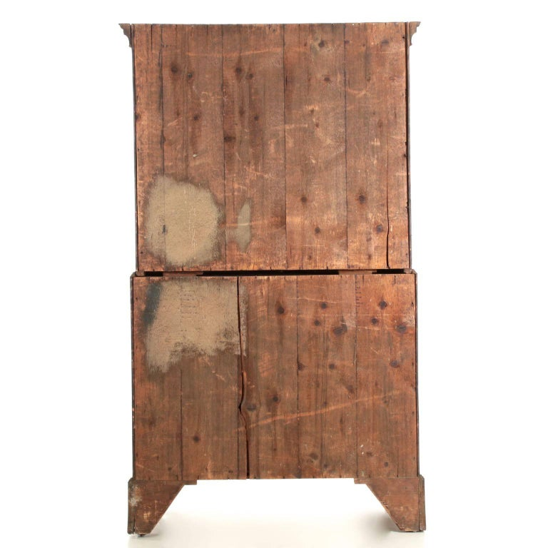 English George III Flame Mahogany Tall Chest on Chest of Drawers, circa 1780 In Excellent Condition For Sale In Shippensburg, PA