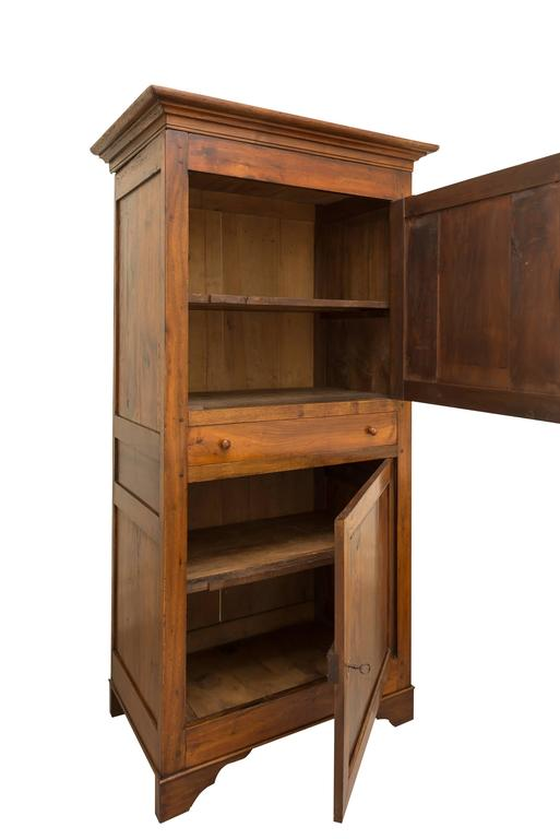 19th century walnut homme debout for sale at 1stdibs for Homme debout meuble