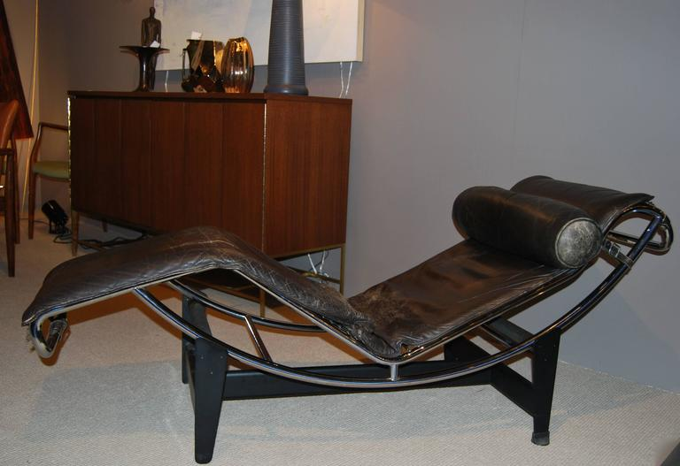Italian Early Le Corbusier/Jeanneret/Perriand LC4 Chaise Lounge For Sale
