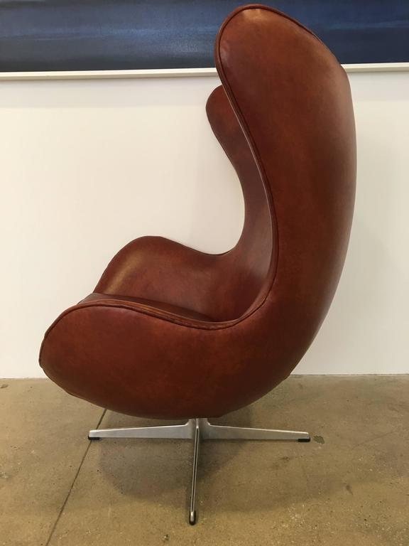 Danish Arne Jacobsen Egg Chair Produced by Fritz Hansen, 1965 For Sale