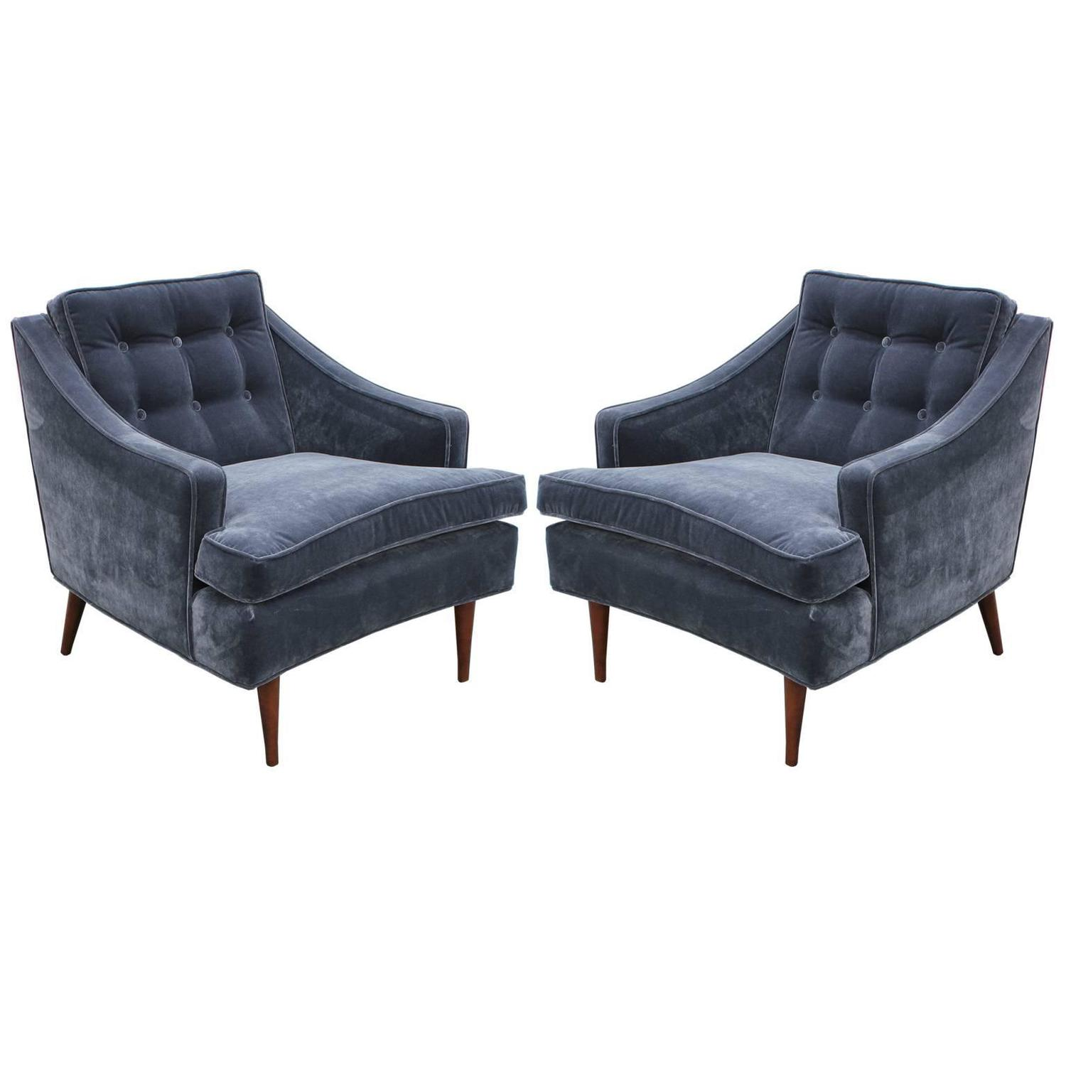 Wonderful Pair of Curved Grey Velvet Tufted Lounge Chairs at 1stdibs