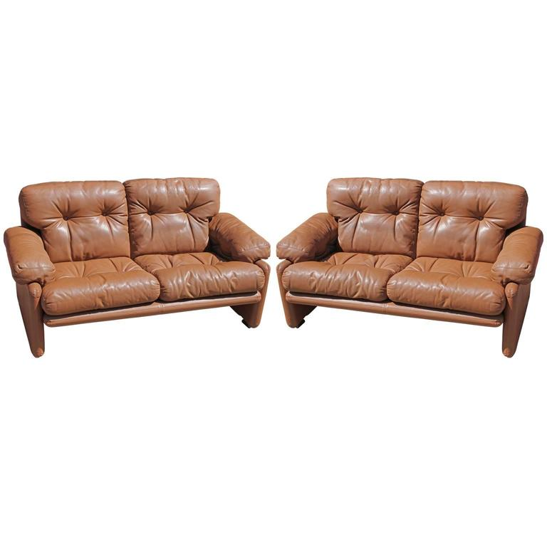 Pair Of Brown Leather Tobia Scarpa For Bu0026B Italia Coronado Modern Loveseats  For Sale