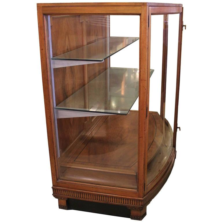 modern french regency vitrine or display case with curved glass and walnut for sale at 1stdibs. Black Bedroom Furniture Sets. Home Design Ideas