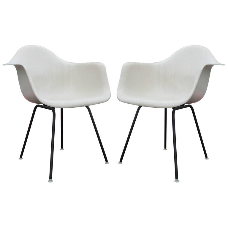 Iconic Pair of Early Eames Fiberglass Modern Bucket Chairs in White ...