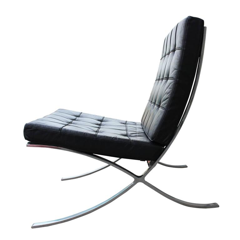 knoll inspired modern barcelona chair in black leather and. Black Bedroom Furniture Sets. Home Design Ideas