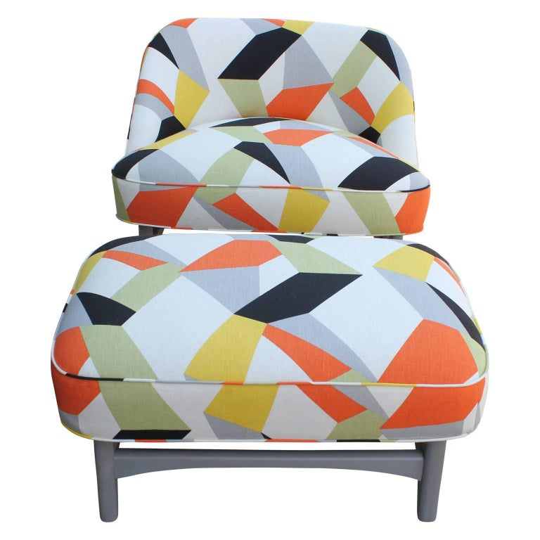 Pair of Modern Lounge Chairs in Gray and Bold Geometric Fabric with Ottoman 9