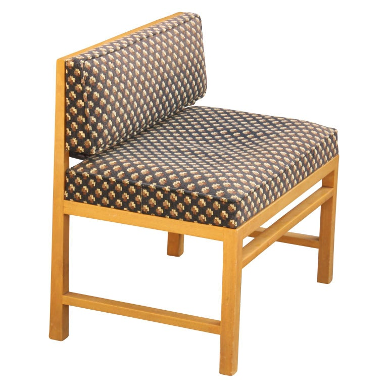 American Modern Small Vanity / Boudoir Stool Bench by Edward Wormley for Dunbar For Sale