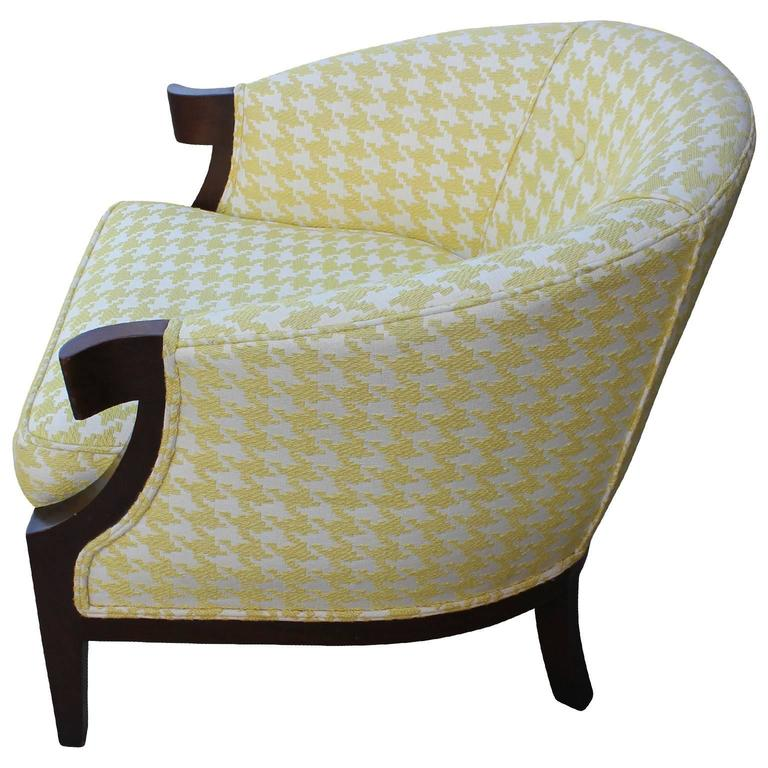 Baker houndstooth curved arm lounge chairs at 1stdibs for Chair 6 mt baker