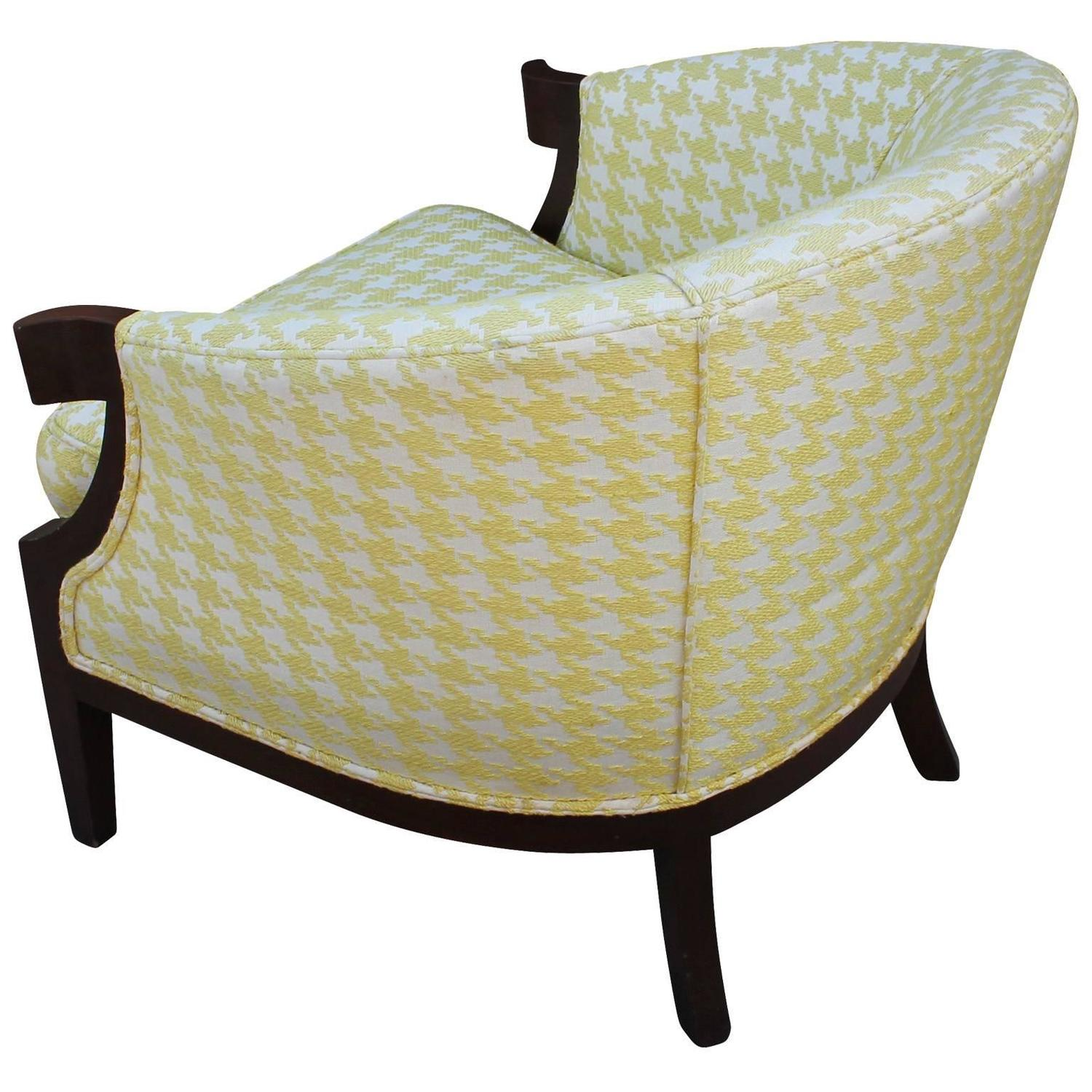Baker Houndstooth Curved Arm Lounge Chairs at 1stdibs