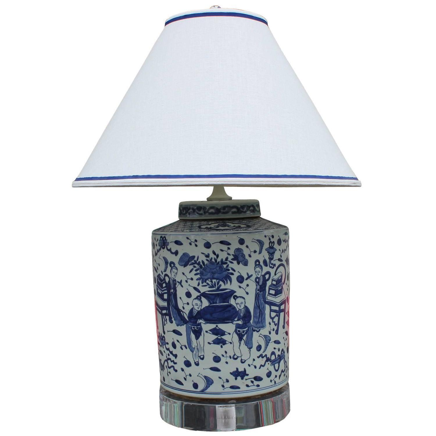 excellent pair of chinese blue and white lamps on lucite bases image 2. Black Bedroom Furniture Sets. Home Design Ideas