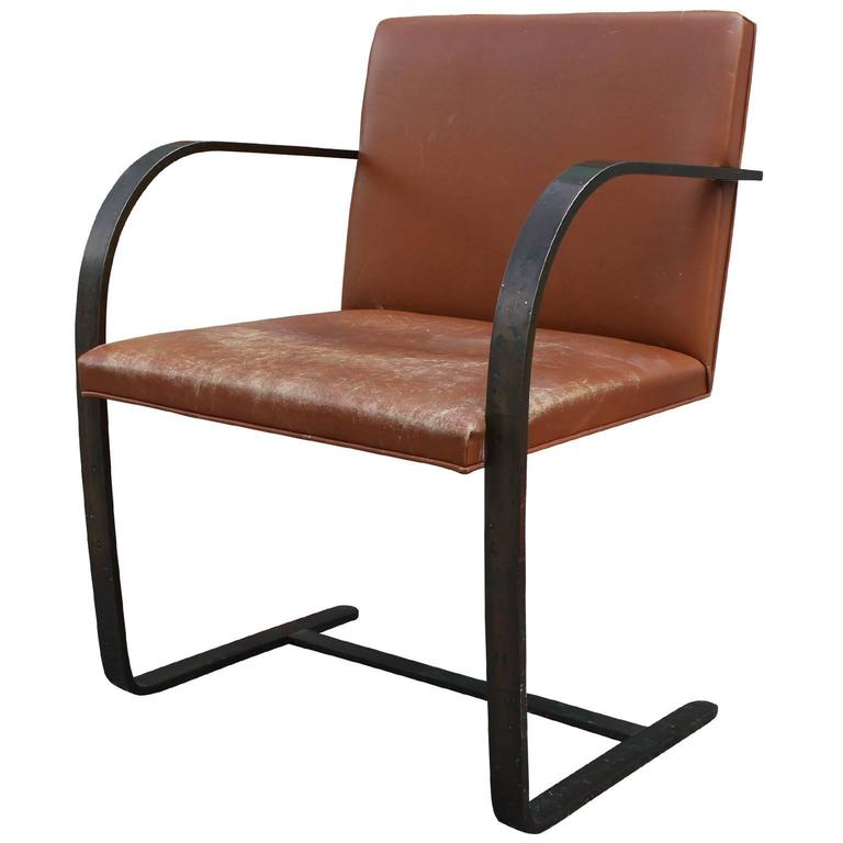 Charmant Rare Mies Van Der Rohe For Knoll Brno Chair In Bronze And Caramel Leather  For Sale