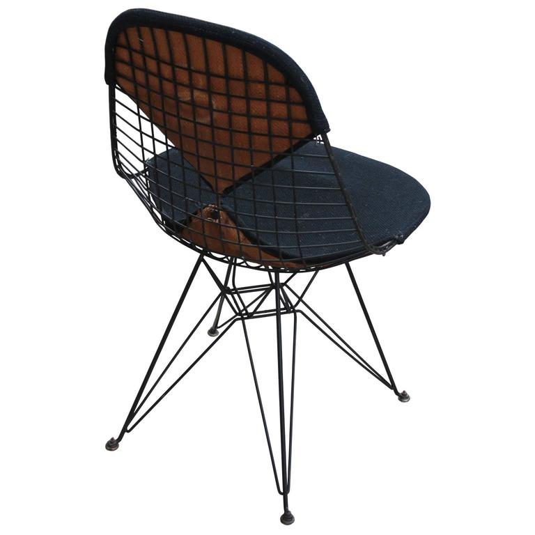 Mid Century Modern Early Eames Herman Miller Black Bikini Modern Wire Chair  For Sale